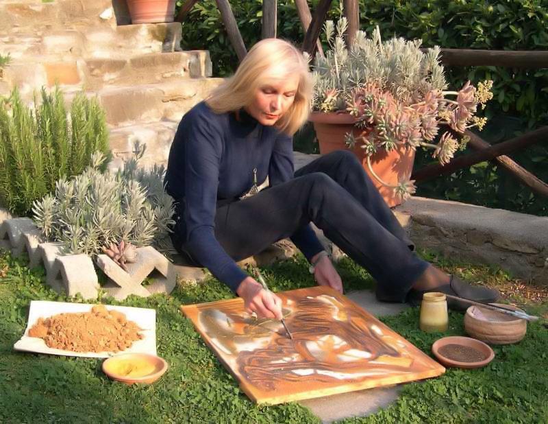 Carmen Spigno - pittrice con terre e resine naturali